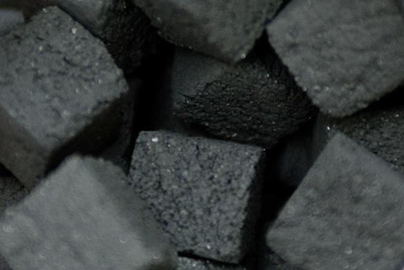 05-27-10_181608_coals, coconara